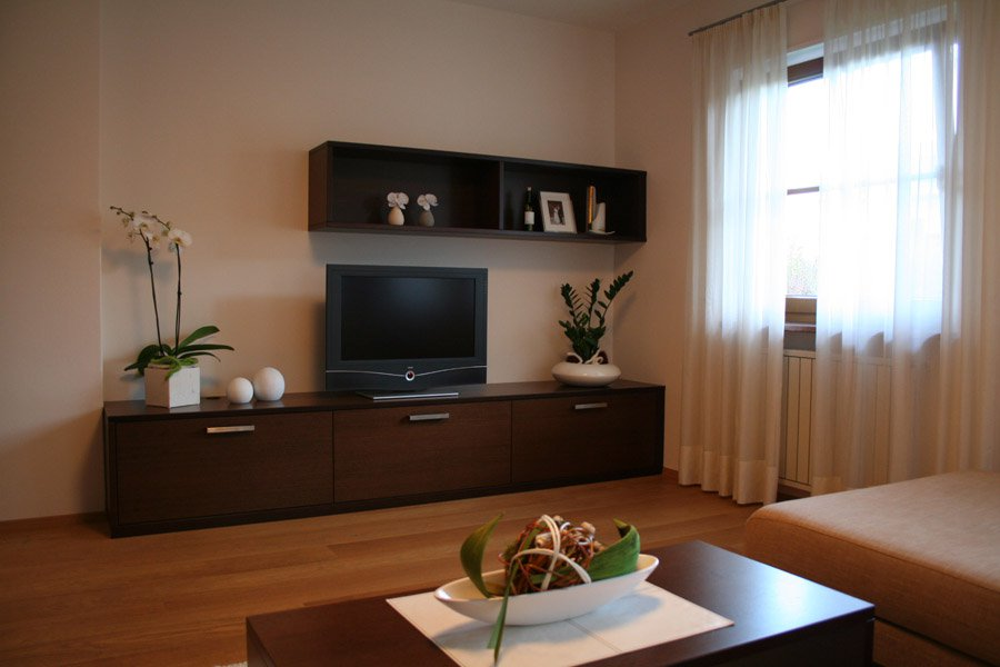 Mobile soggiorno economico idee per il design della casa - Mobile soggiorno design ...